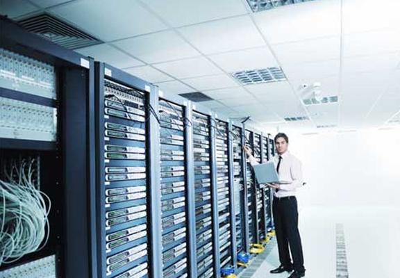 ウェブ運用管理 - Management